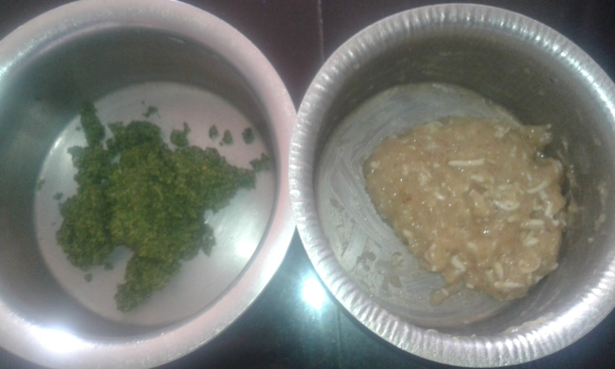 Ground chutney (left) and marinated chicken mince (right)