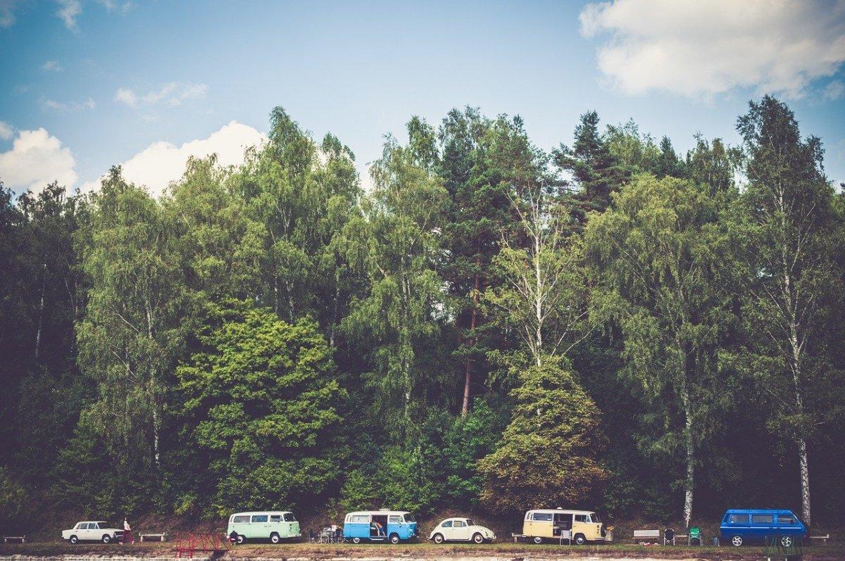 5-car-camping-hacks