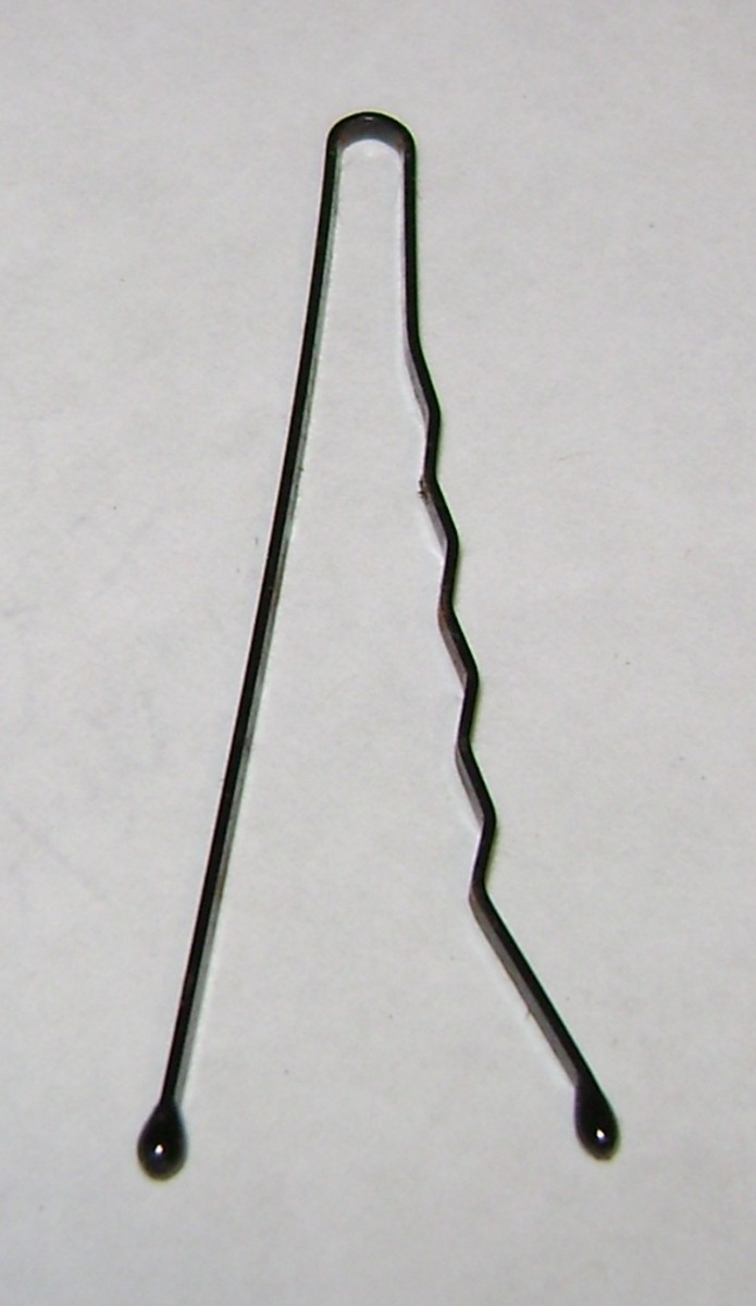 stretched-out bobby pin