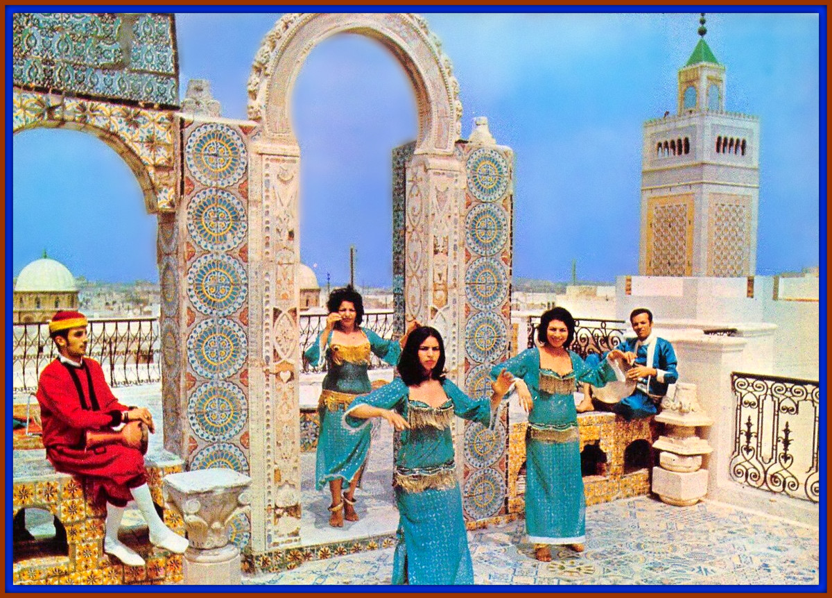 You can use your imagination and visualize how life must have been in ancient Carthage by observing the people who live in the region today. These women dancing, the attention to detail of the building around them probably mirrors the ancient ones.