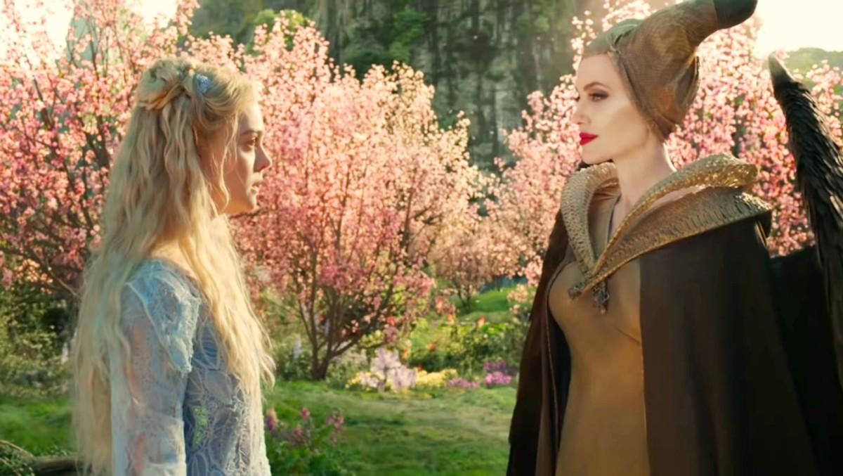Maleficent talking to Princess Aurora.