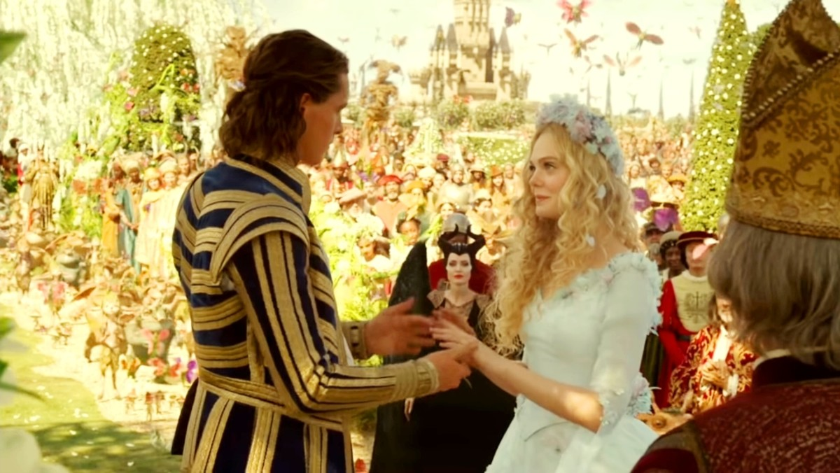 Prince Philip and Princess Aurora get married.