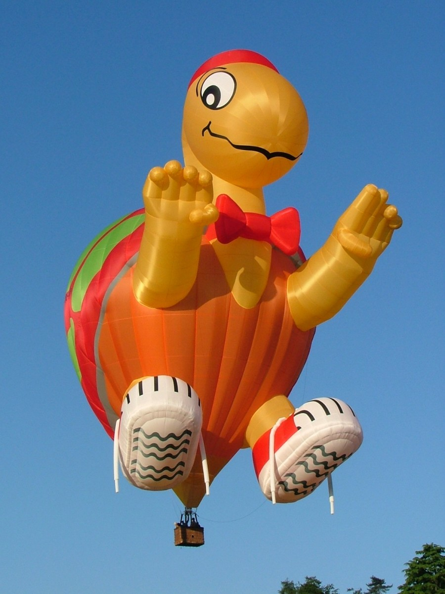 What a cool hot air balloon!!--wikimedia commons