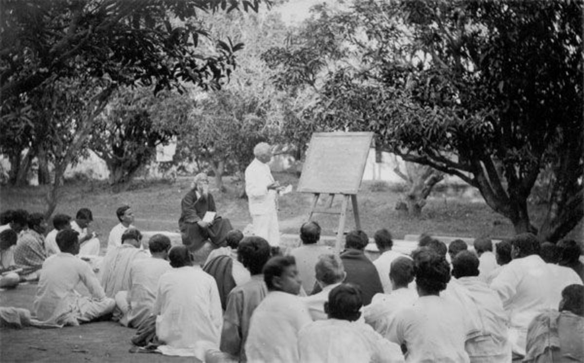 Outdoor class in presence of Rabindranath