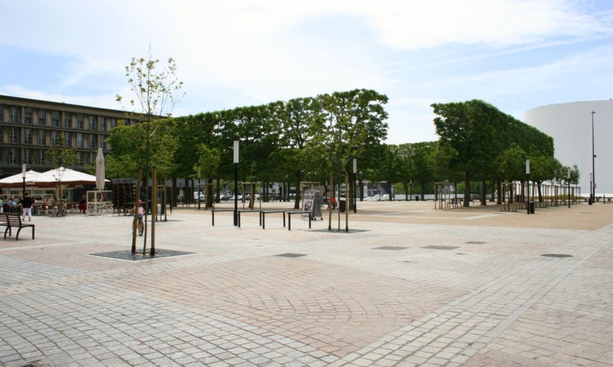 Place Auguste Perret