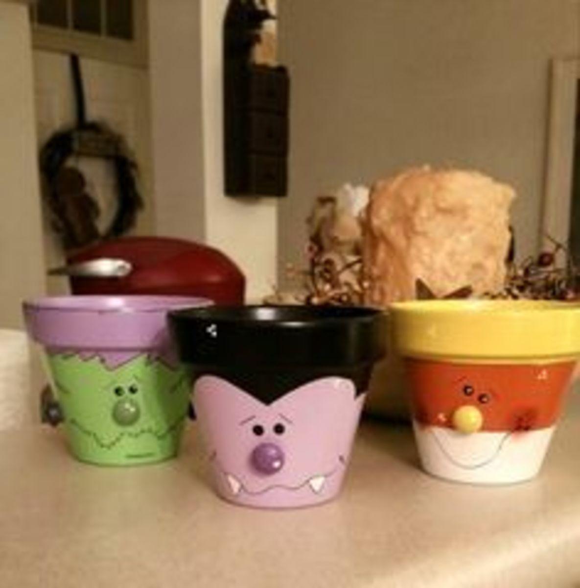 fall-decor-ideas-with-clay-pots