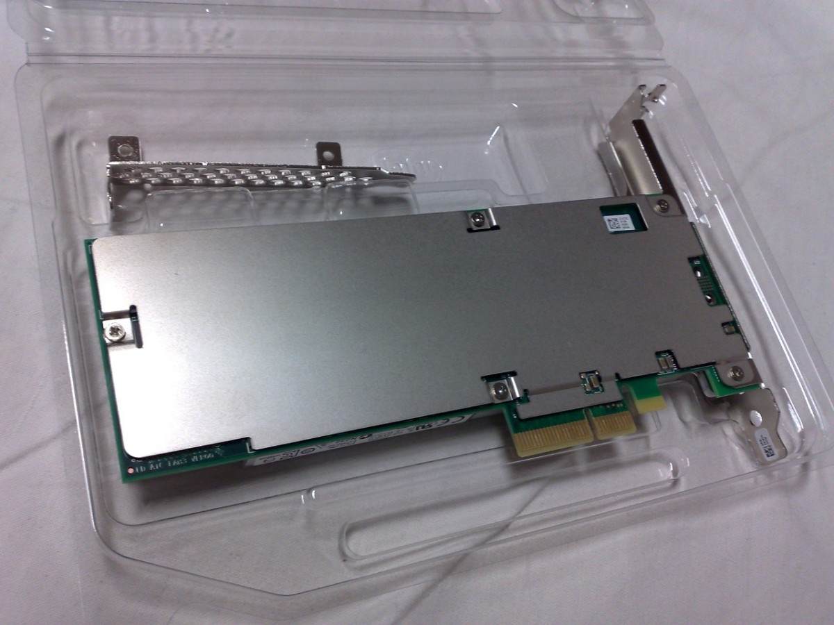 Intel SSD 750 series, an SSD that uses NVM Express, in form of a PCI Express 3.0 ×4 expansion card (Rear View)