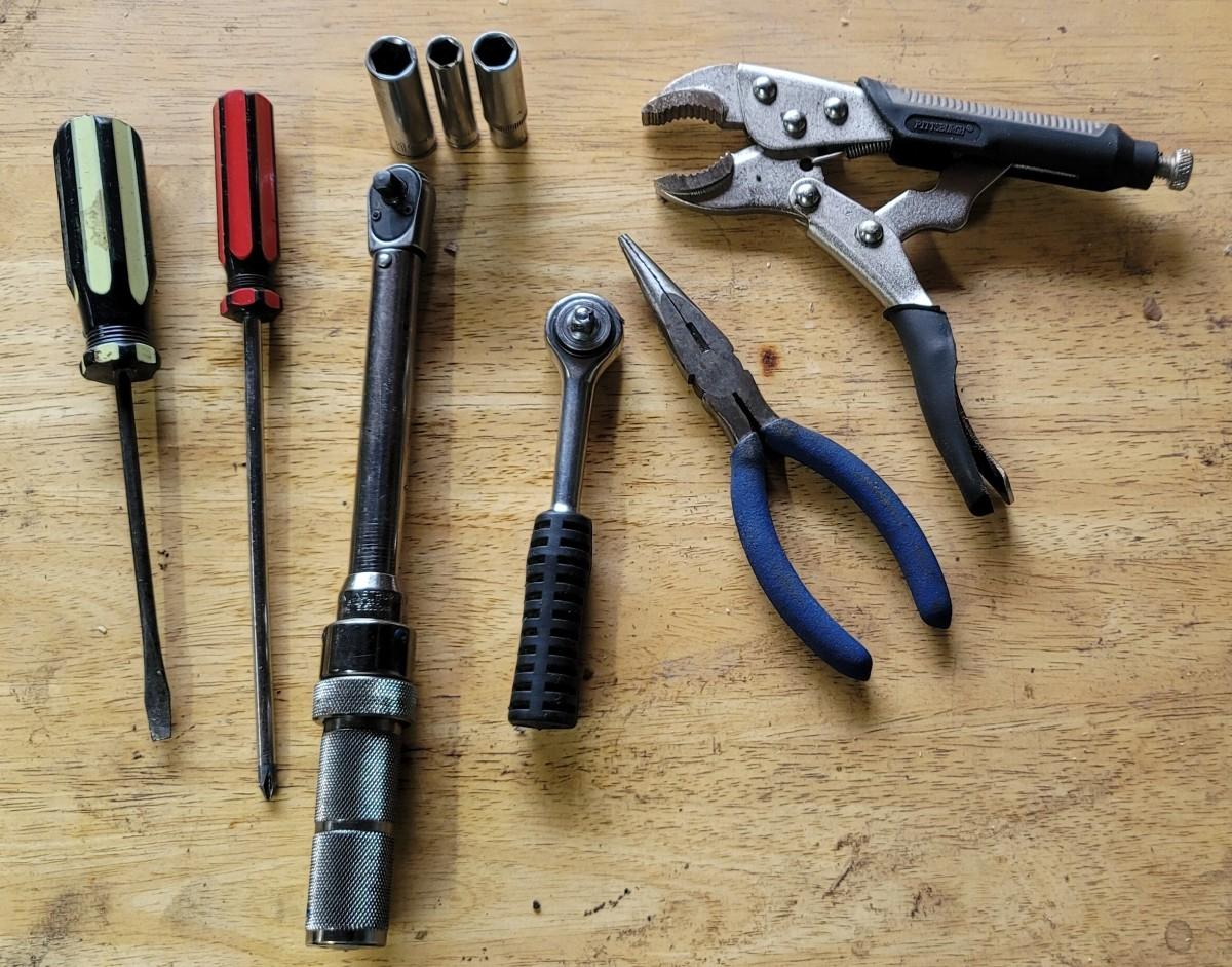 Riding Mower Gas in Oil Repair - Replace Carburetor
