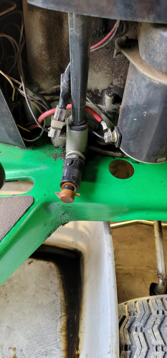 riding-mower-gas-in-oil-repair