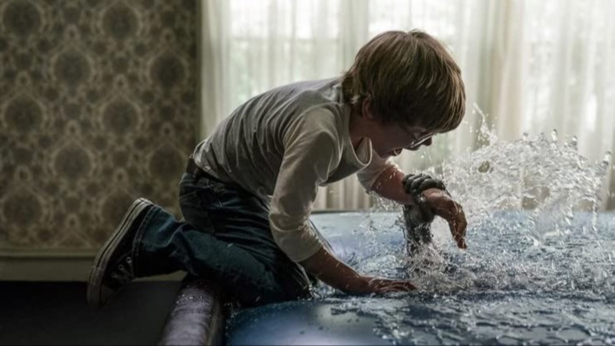 Scenes like this felt like an eternity because there was no real reason for me to be afraid since this was a flashback... we already know the kid is going to be fine or else he wouldn't have been in the movie to begin with!