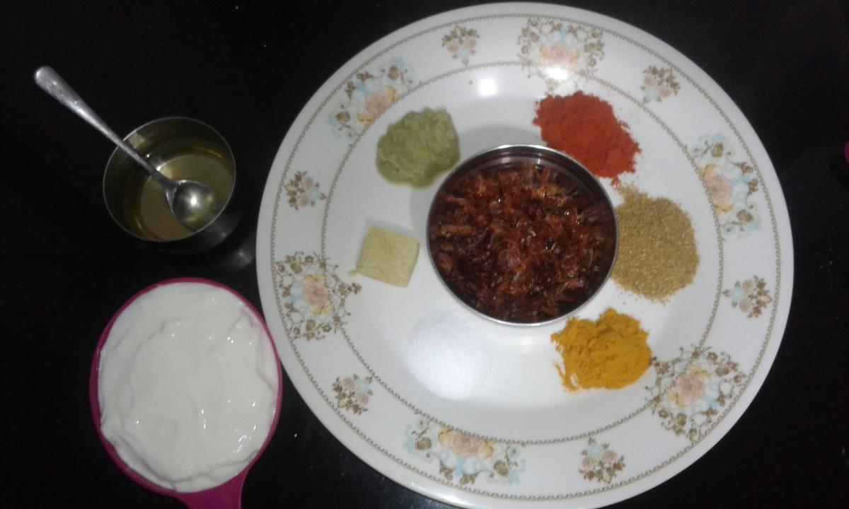 Ingredients: oil, ginger garlic paste, red chili powder, coriander powder, turmeric powder, salt, curd and fried onion
