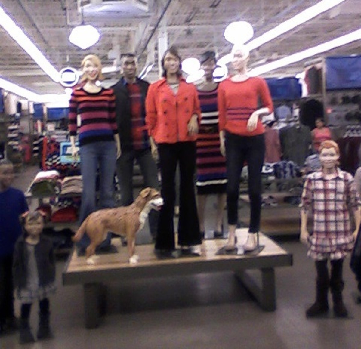 Old Navy Mannequin Stars in Bay City, Michigan