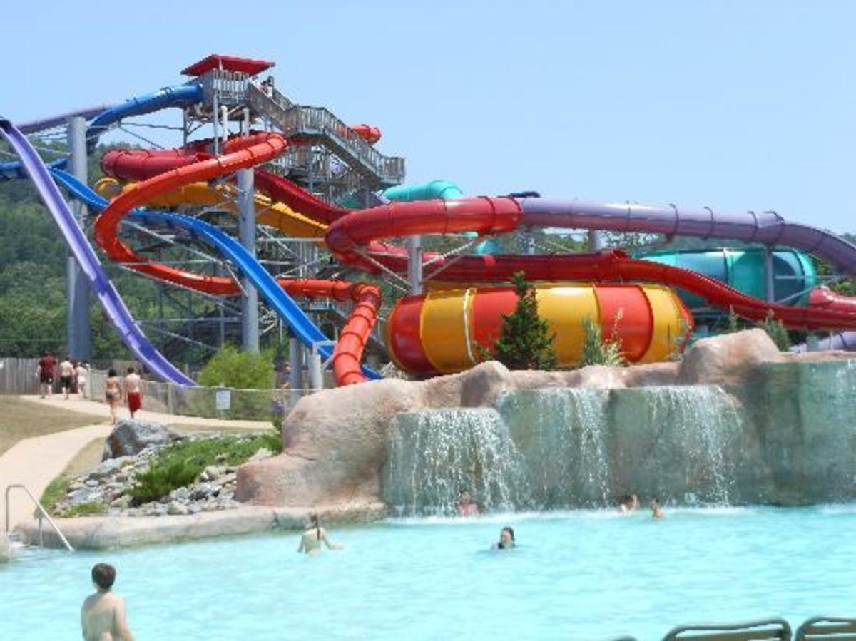 Crystal falls, Arkansas - Water park and amusement park