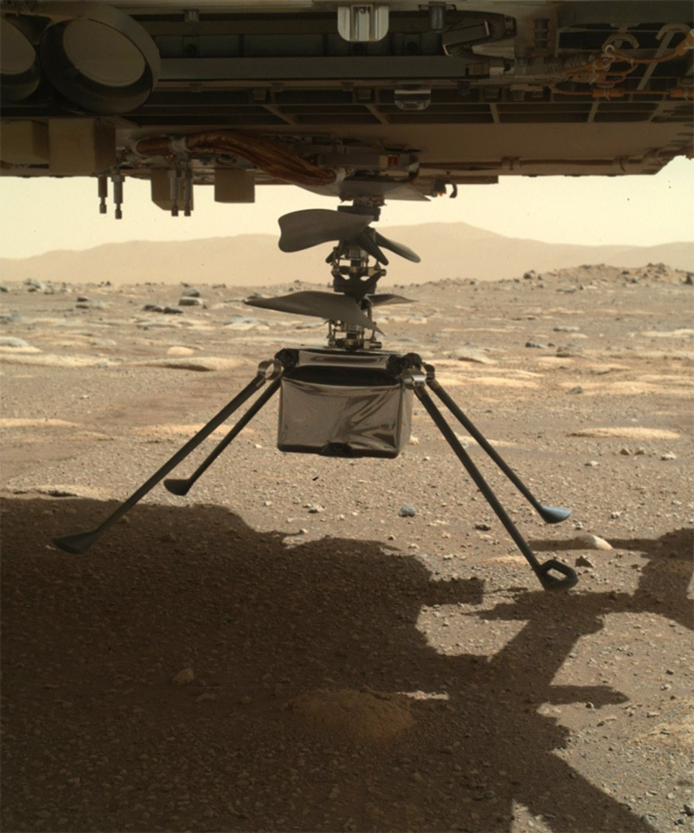 Image of Ingenuity touchdown from rover