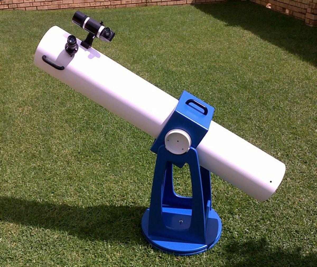 skylar.co.za DIY 150mm Newtonian telescope. Built over 8 months in 2009/2010.
