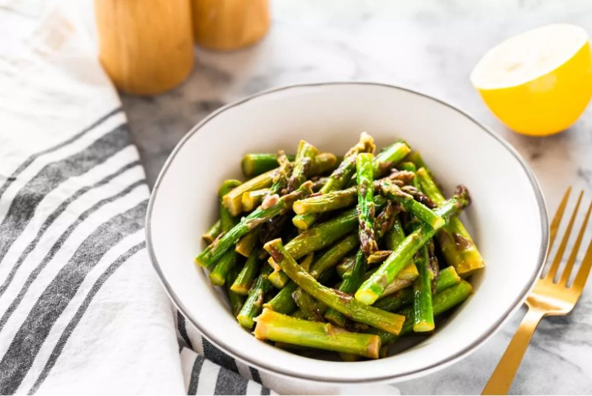 How to Cook Fresh Asparagus in 10 Minutes