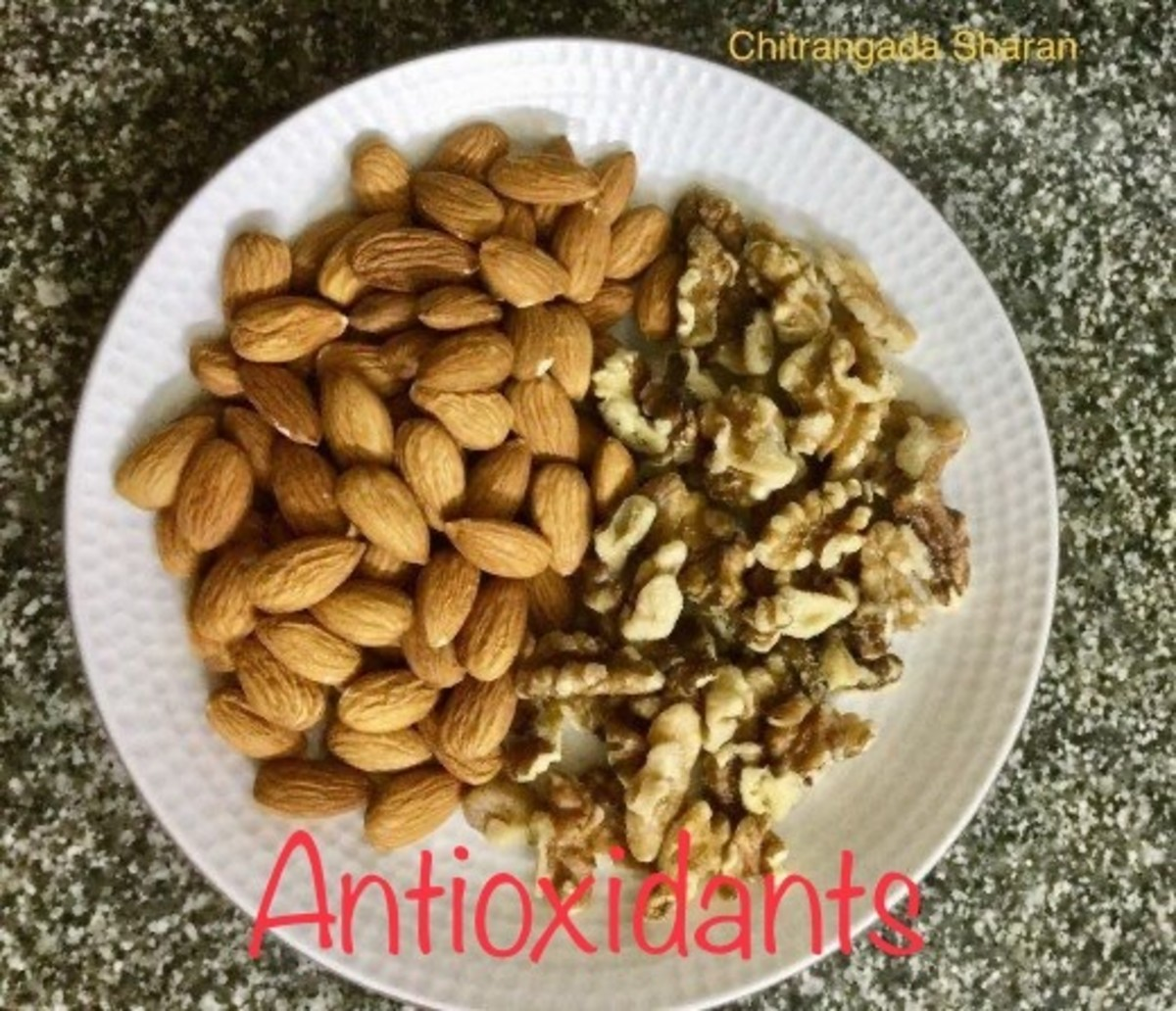 Almonds, walnuts and nuts in general are rich sources of antioxidants