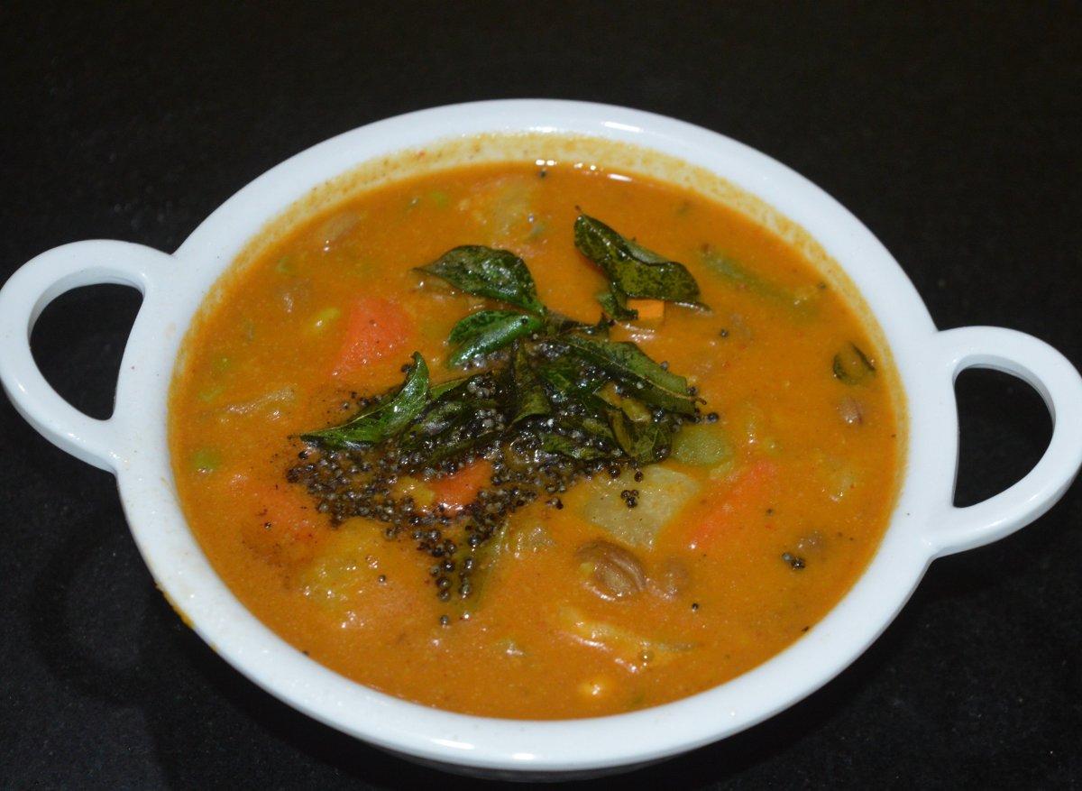Udupi-style vegetable kootu