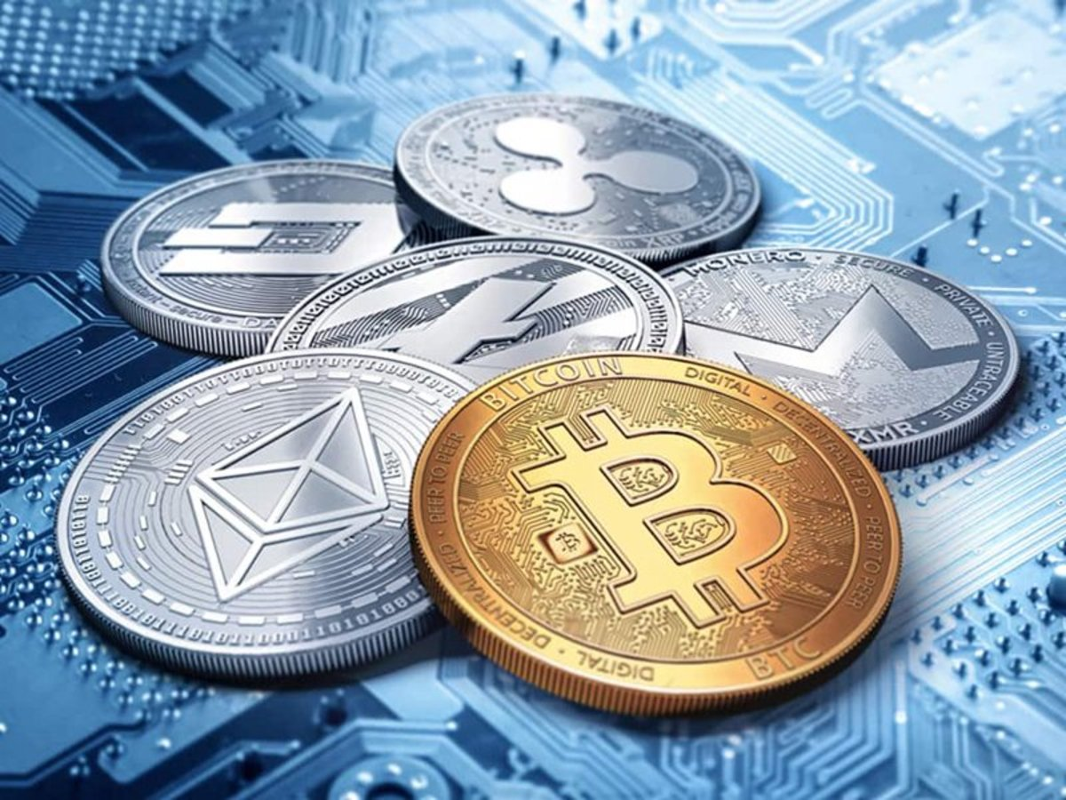 The Furture of Currency - Do Cryptocurrencies spell the End of Physical Money?