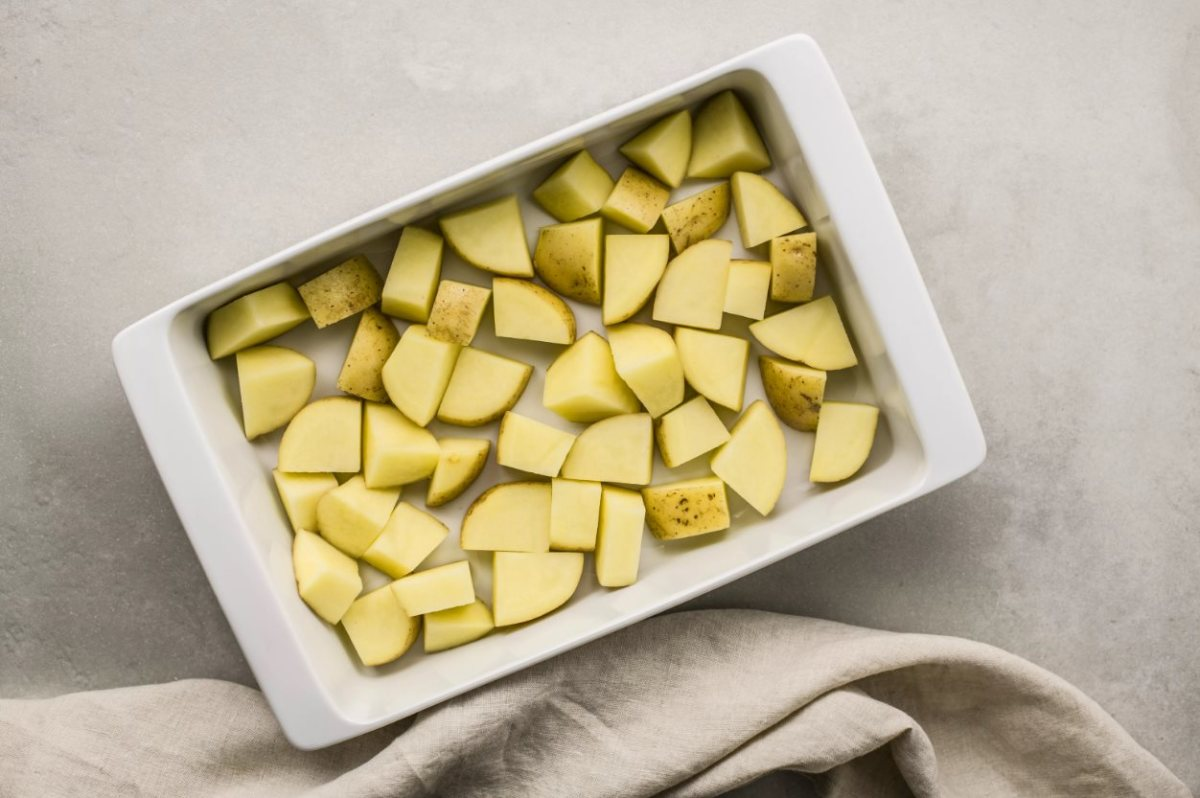 we-bake-potatoes-in-greek-simple-delicious-and-flavorful