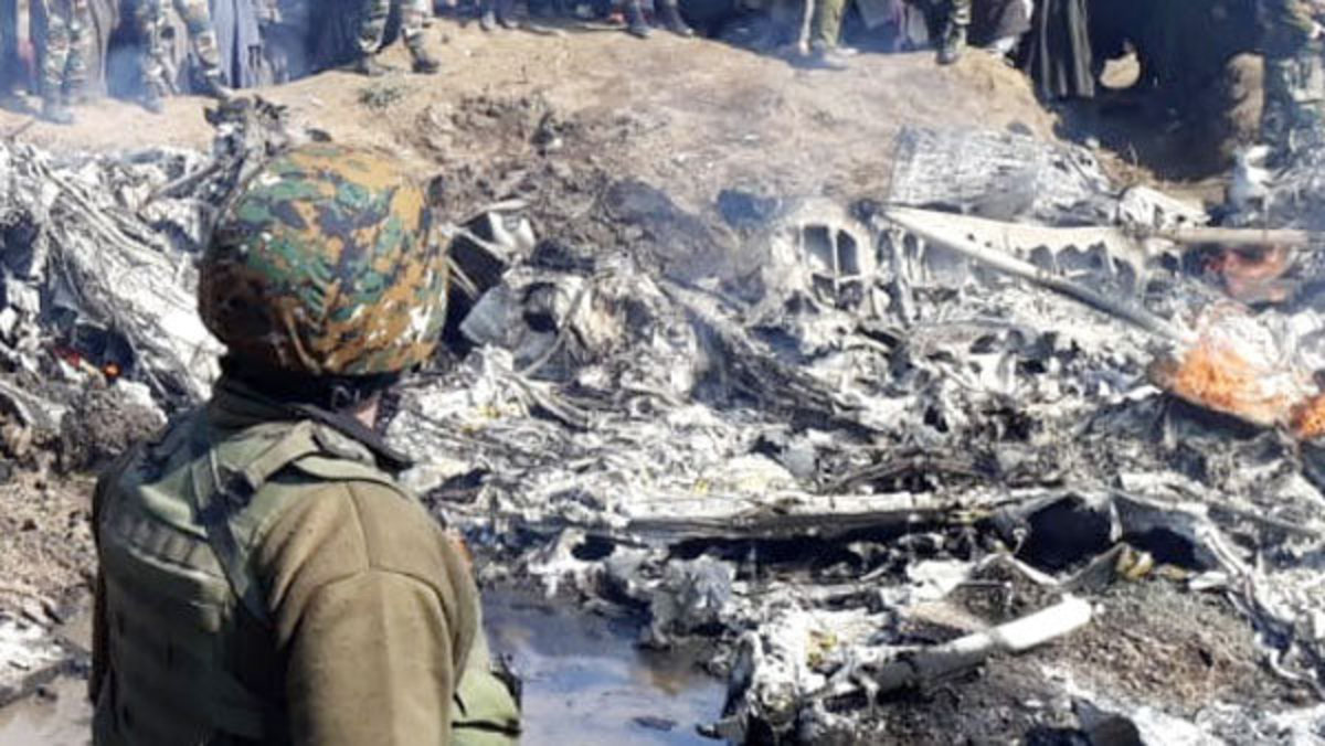 Indian Air Force; Mi-17 Chopper Shot Down by Own Missile Over Srinagar and Six Officers Killed