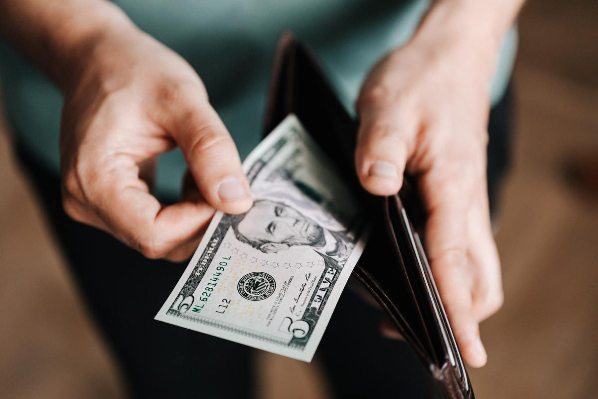 4-apps-that-actually-pay-you-real-money