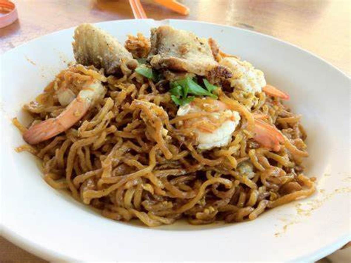 Tuaran mee stir fried with your own preference of choice