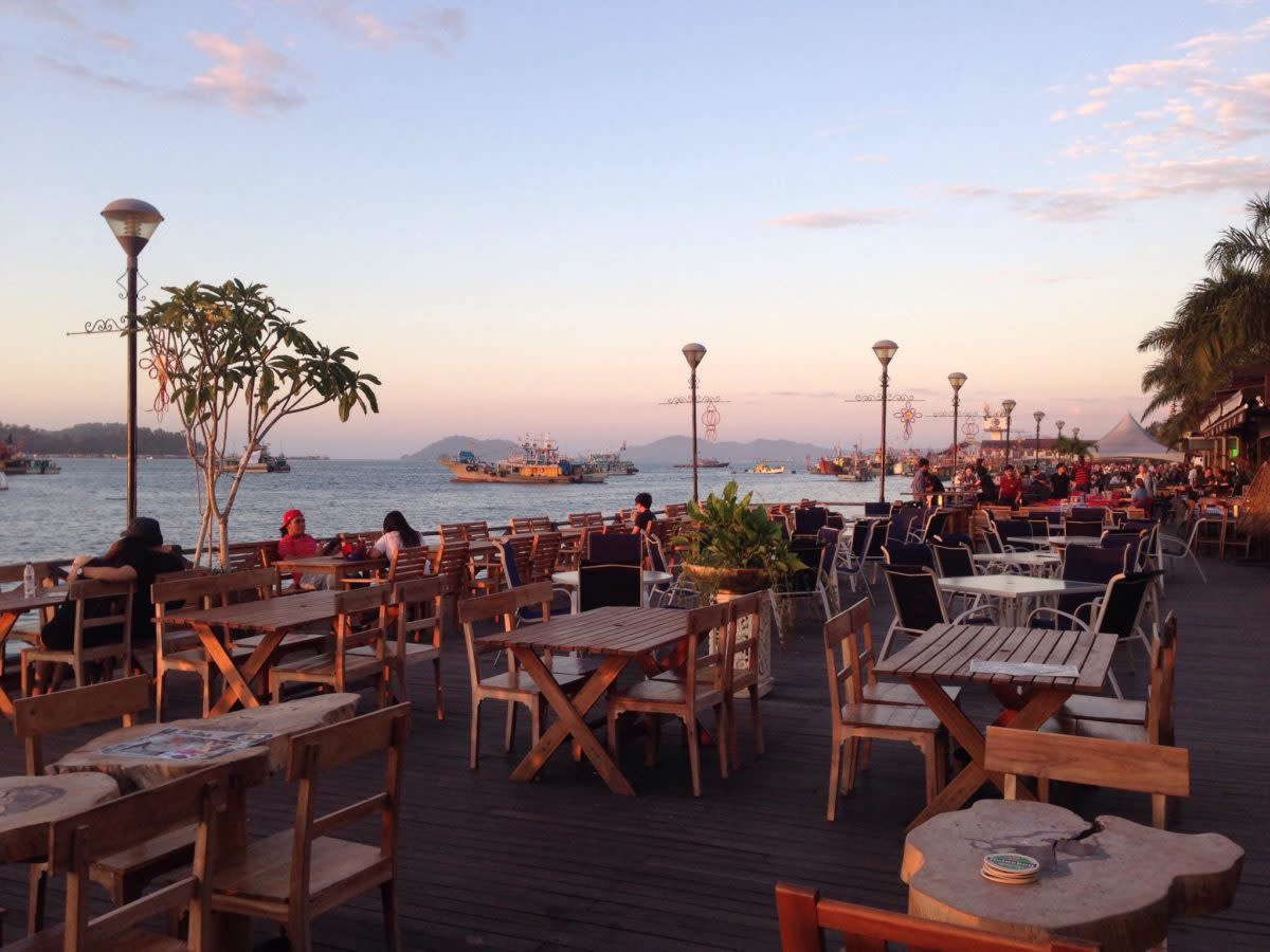 One of Kota Kinabalu's most famous spot to drink and hangout while enjoying a beautiful sunset