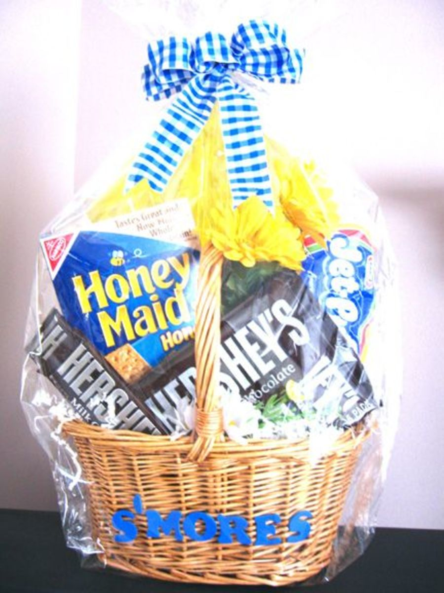 Easy Homemade S'mores Gift Baskets