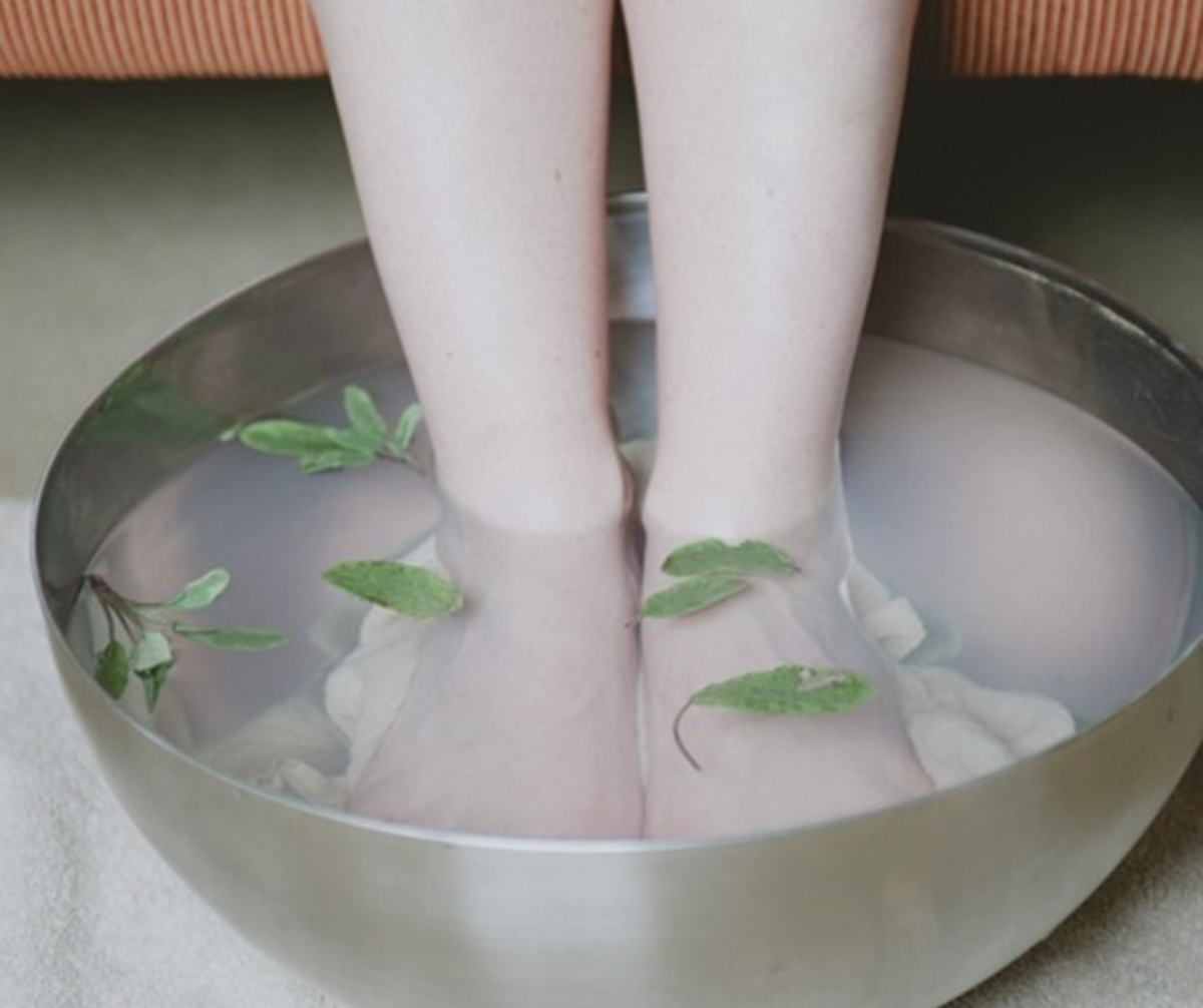 The feet feel relaxed with strong jets, bubbles, and vibrating massages