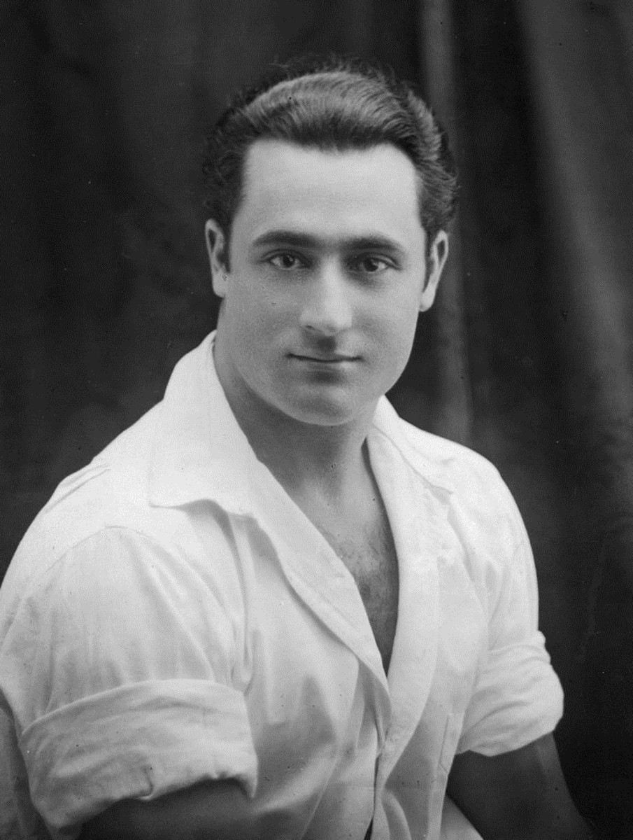Charles Atlas in about 1920 in a rare image with his shirt on.