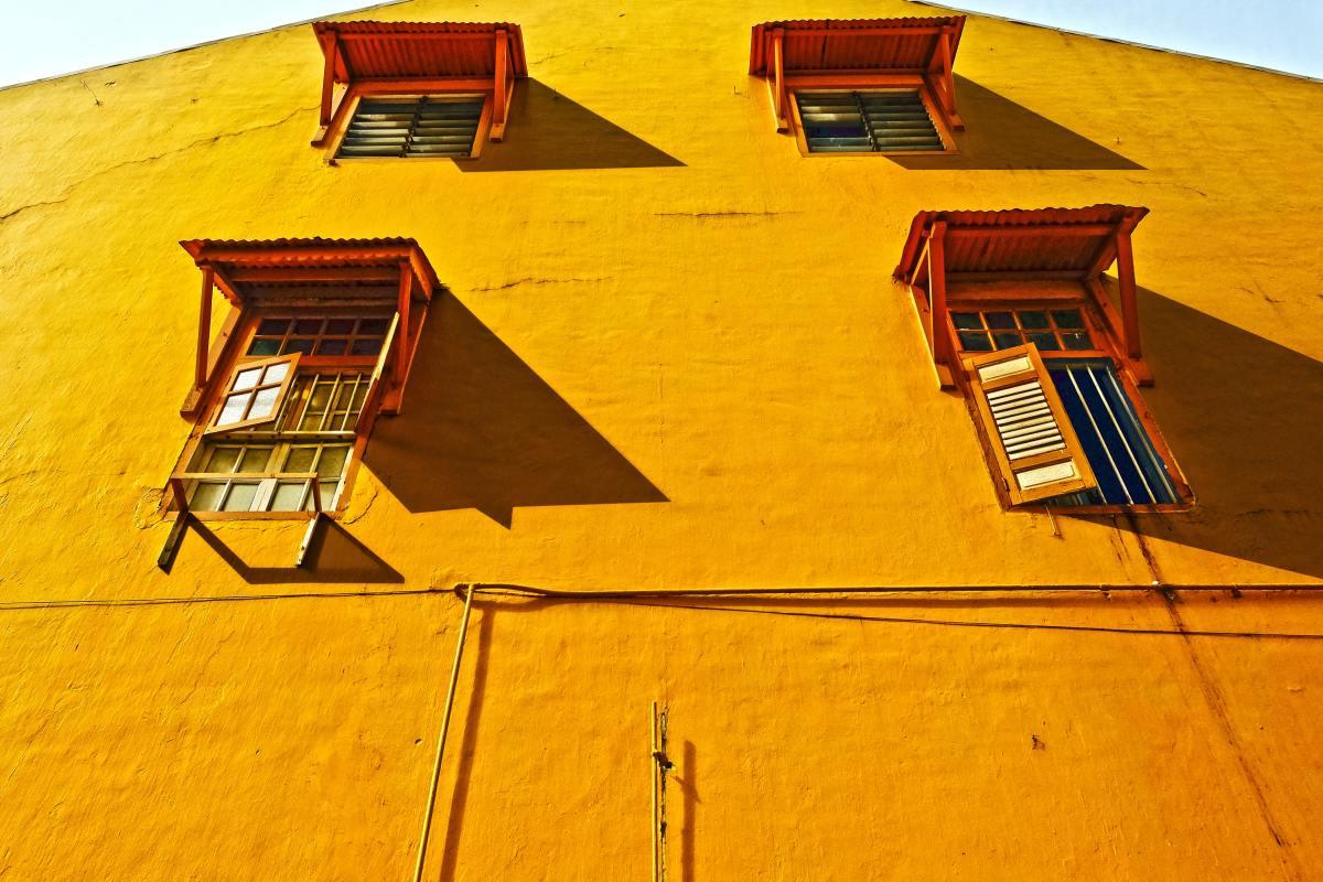 Learn how to repair casement windows!