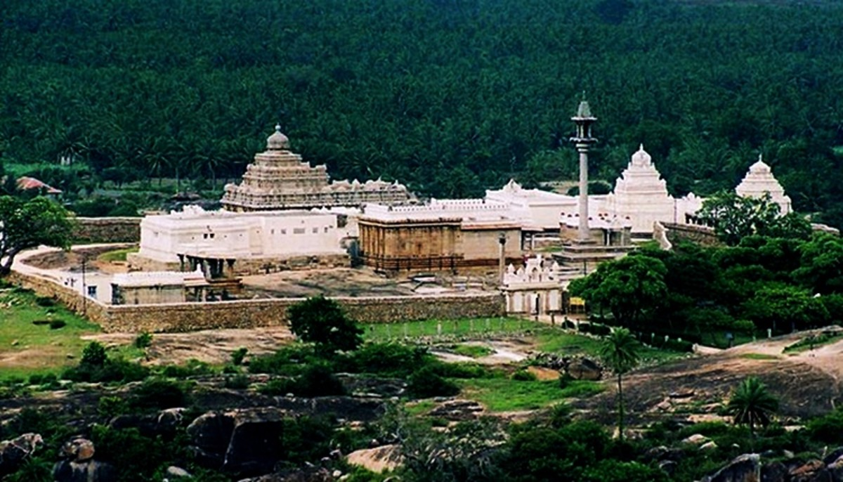 Jain Temple Complex on Chandragiri Hill, Shravanabelagola