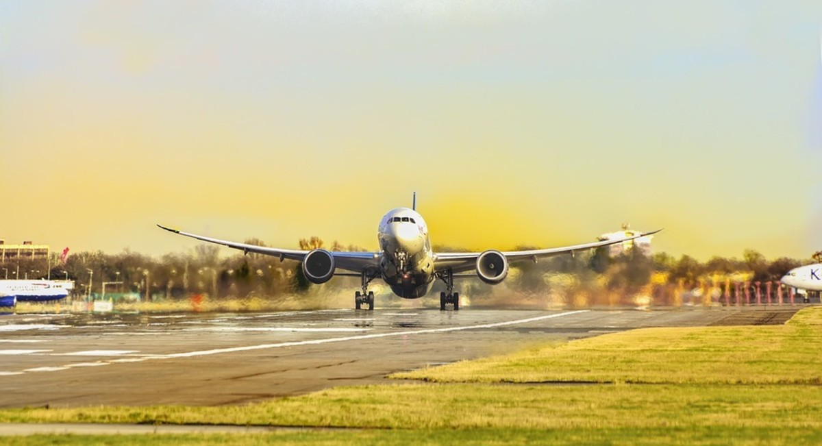 the-advantages-of-flying-low-cost-carriers-in-india