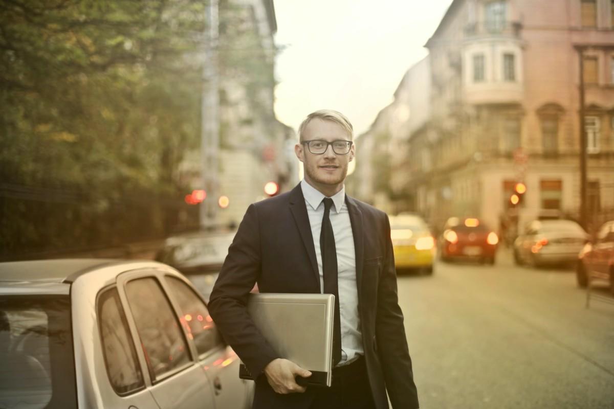 God bless this true American hero: the door-to-door salesman.