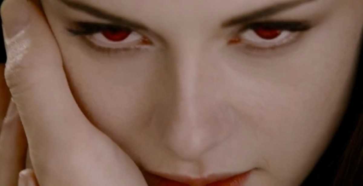 Kristen Stewart as Bella Cullen the Vampire in Twilight: Breaking Dawn Part 2 - along with Robert Pattinson's Hand. ;)