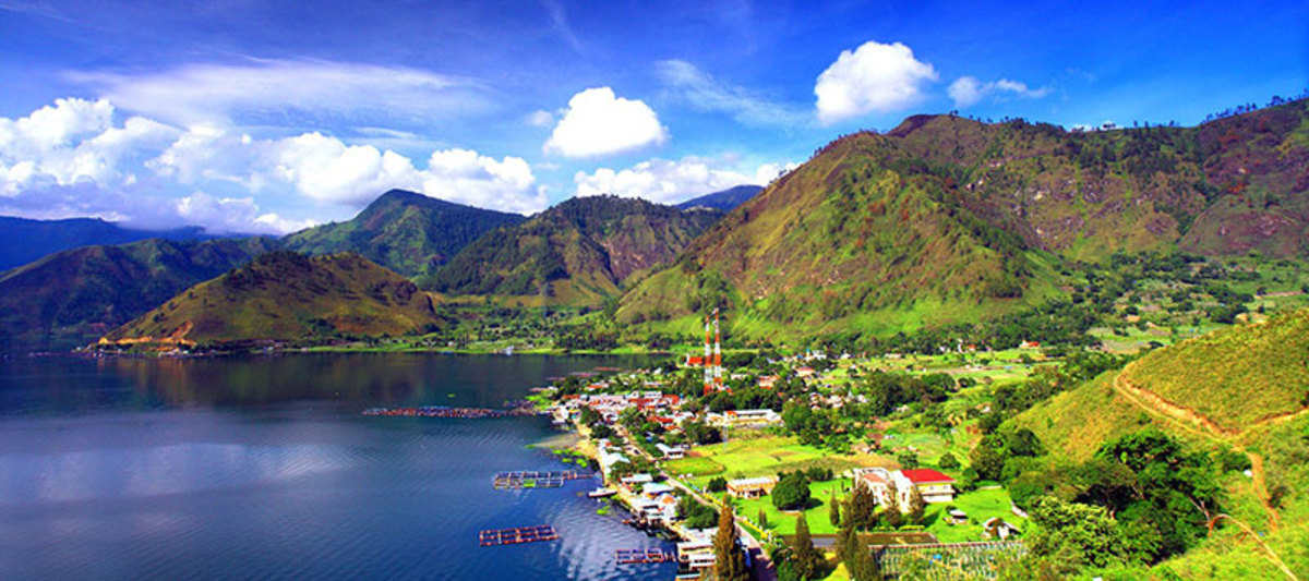 The Delights of Traveling: Lake Toba, Indonesia