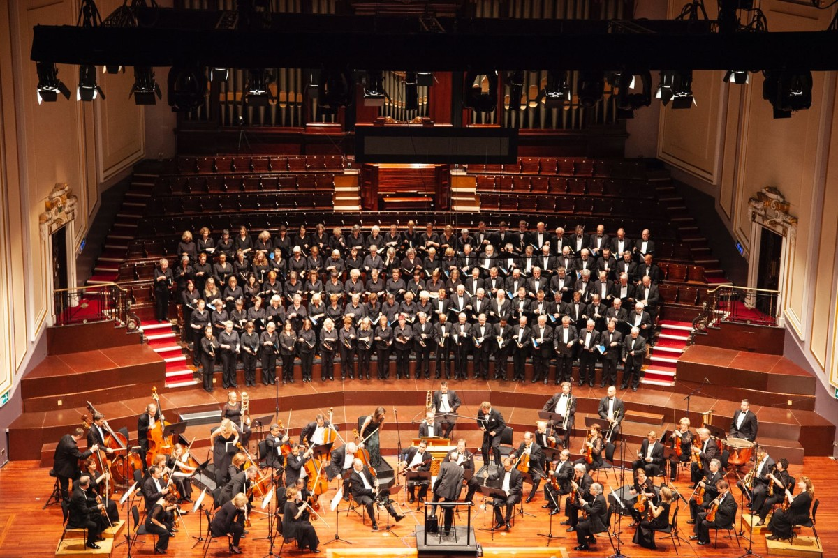 Huge orchestras are so beautiful.