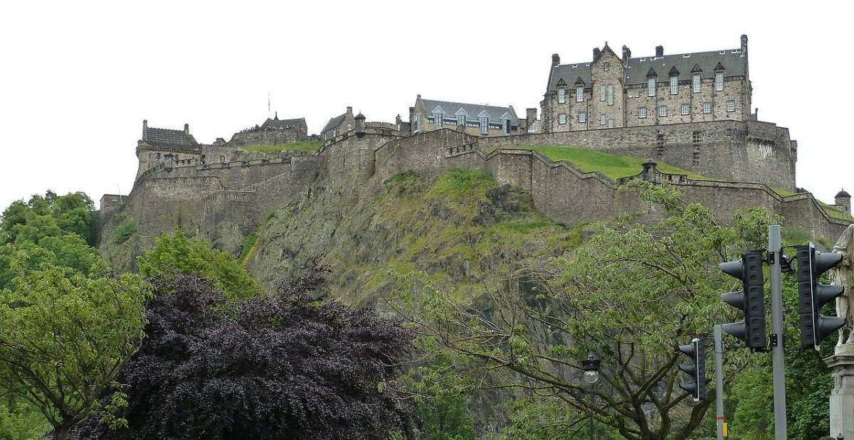 Edinburgh Castle atop its perch.