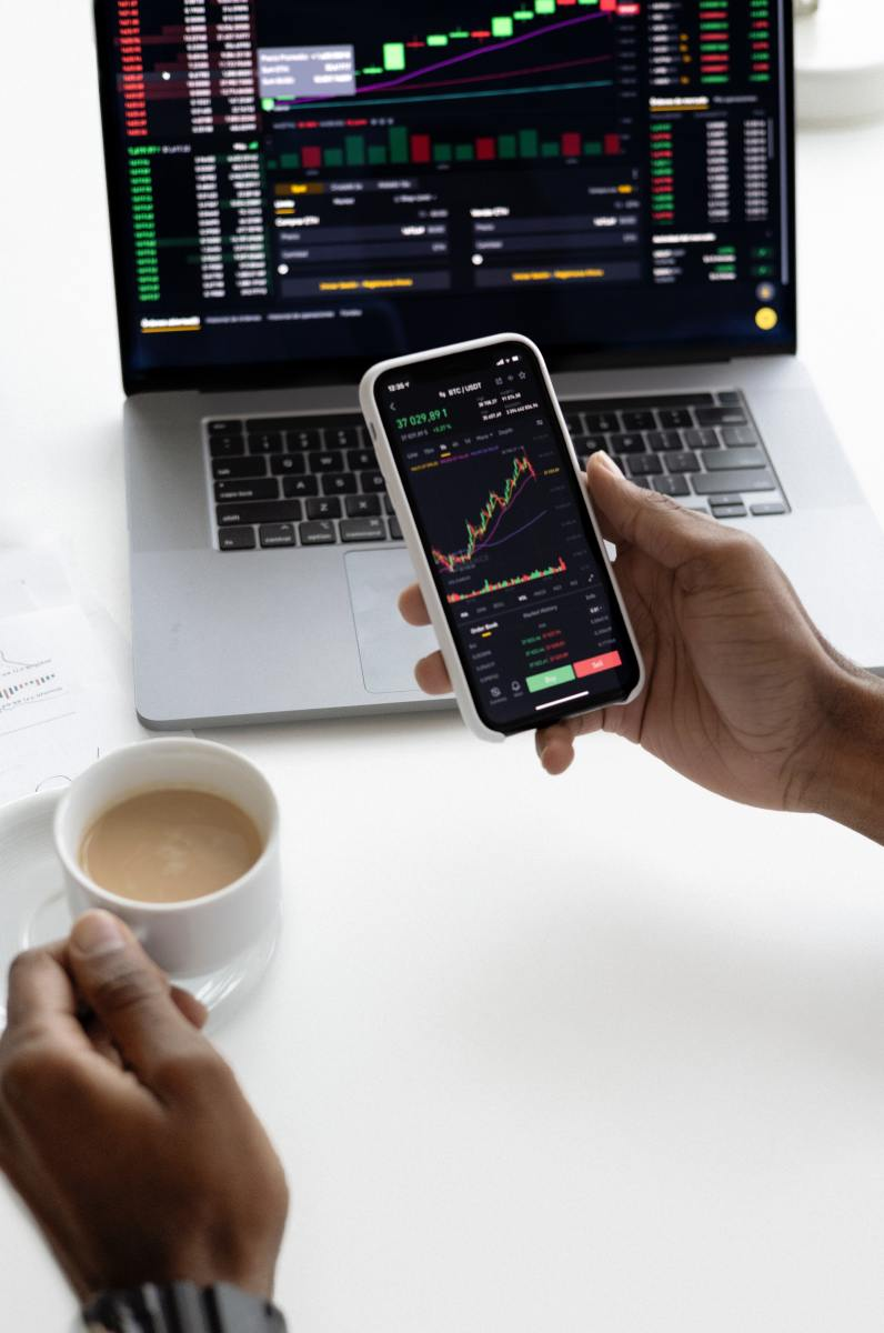 Can You Make Money Trading?: How I Made My First $840 Trading Gold in 2021