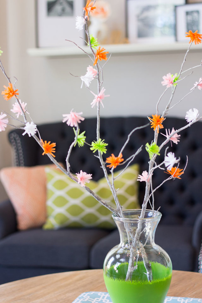 Create lovely spring flower branches with crepe paper streamers