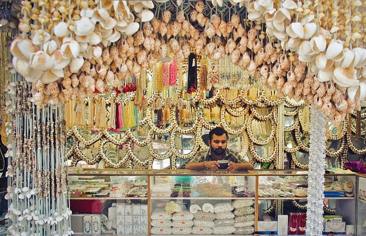 A shop deals in Sea Shells and its allied products