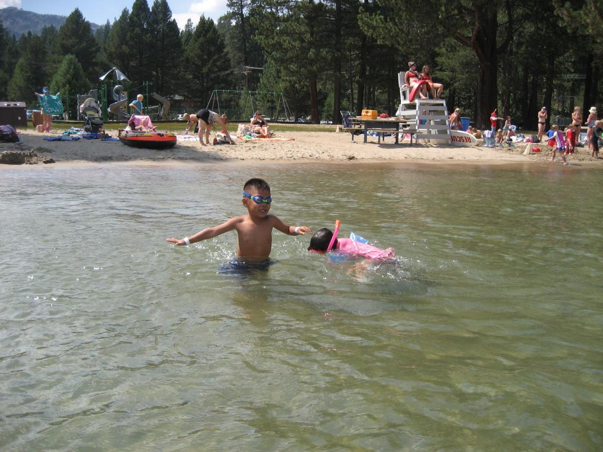 The kids having fun splashing around!