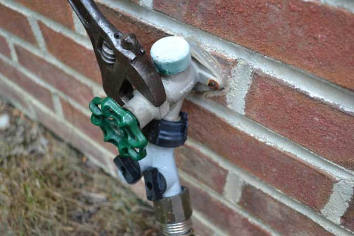 Repairing a Leaking Outside Faucet