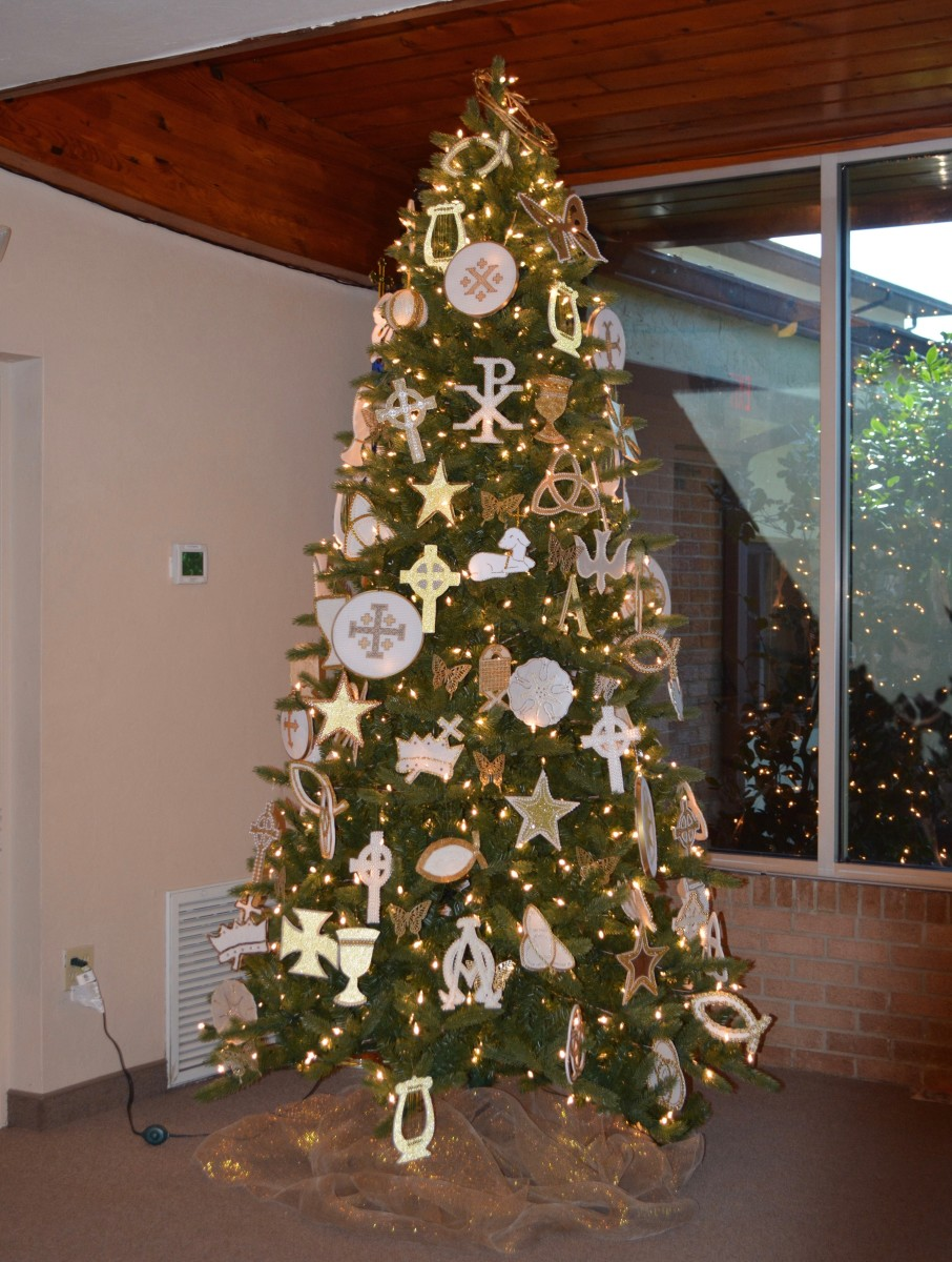 This was the Chrismon Tree in the church we belonged to during the time we lived in Florida.