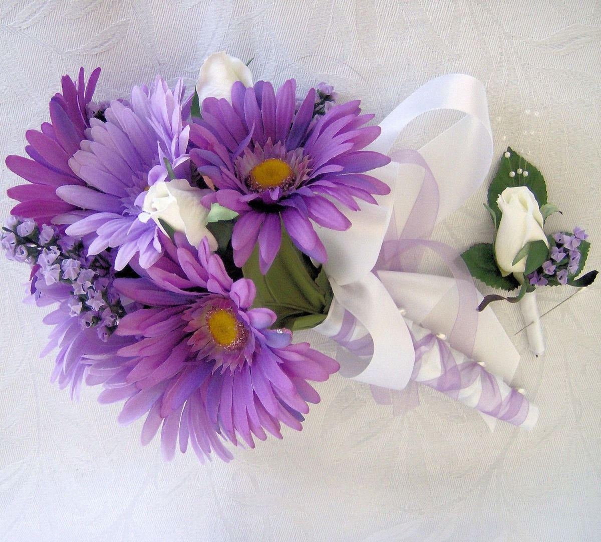 These lovely purple daisies are an option for a pop of color
