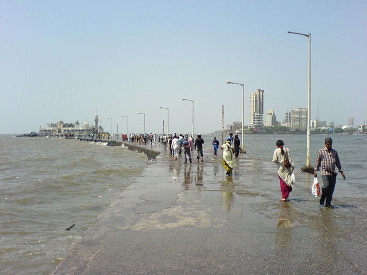 During tide, rain and monsoon season no one can enter here as the whole causeway will be submerged in sea water and it will be extremely danger.