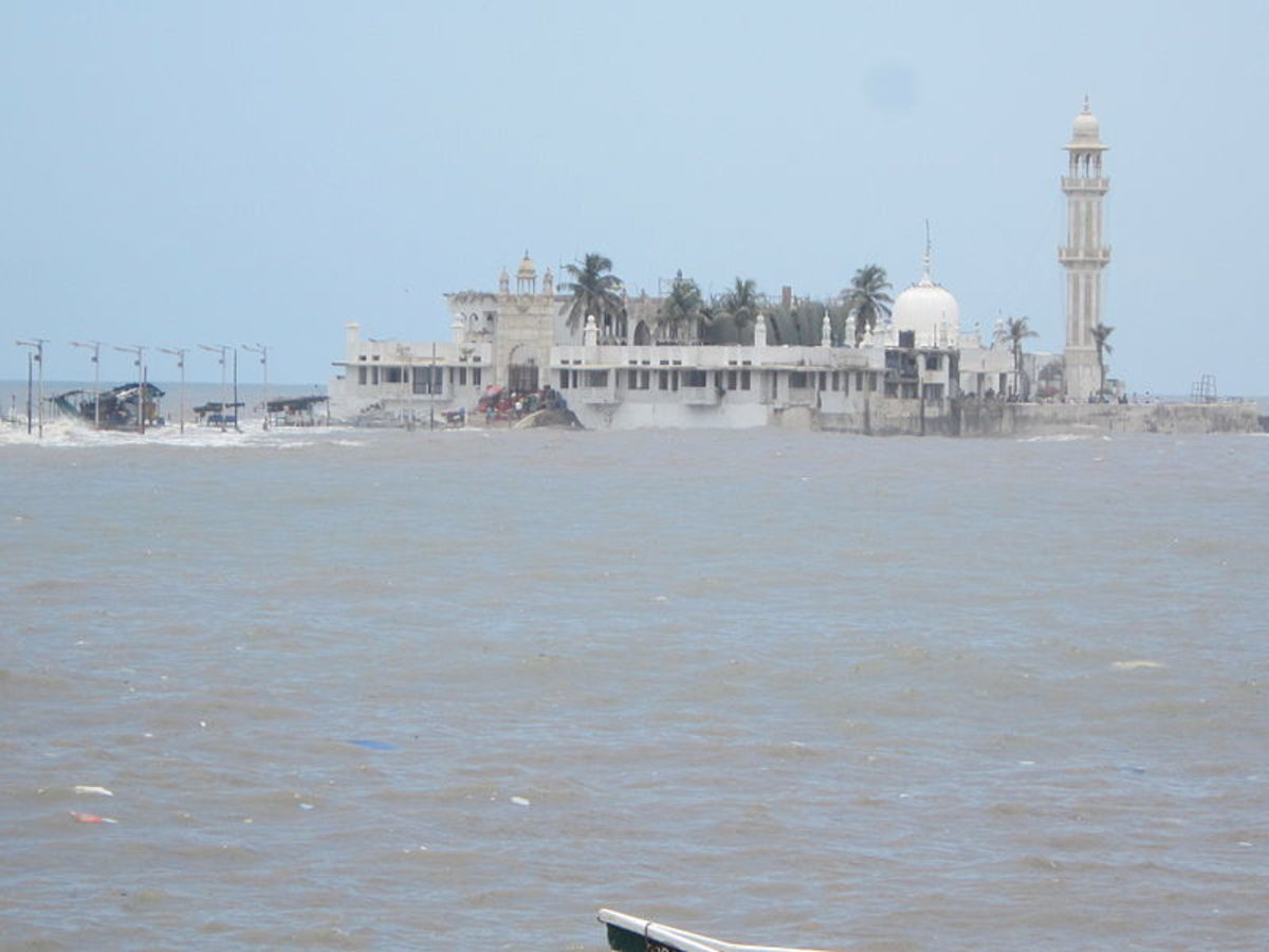 The Dargah surrounded by the Arabian Sea