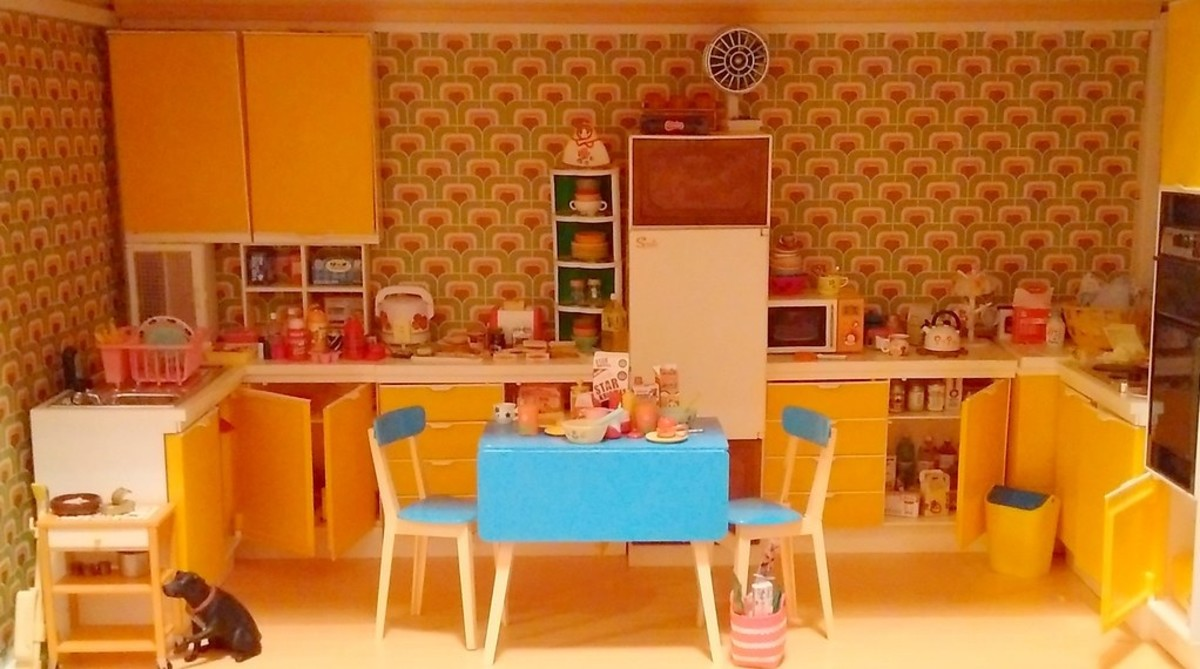 Standalone miniature room - A fully furnished kitchen with mini elements and features.