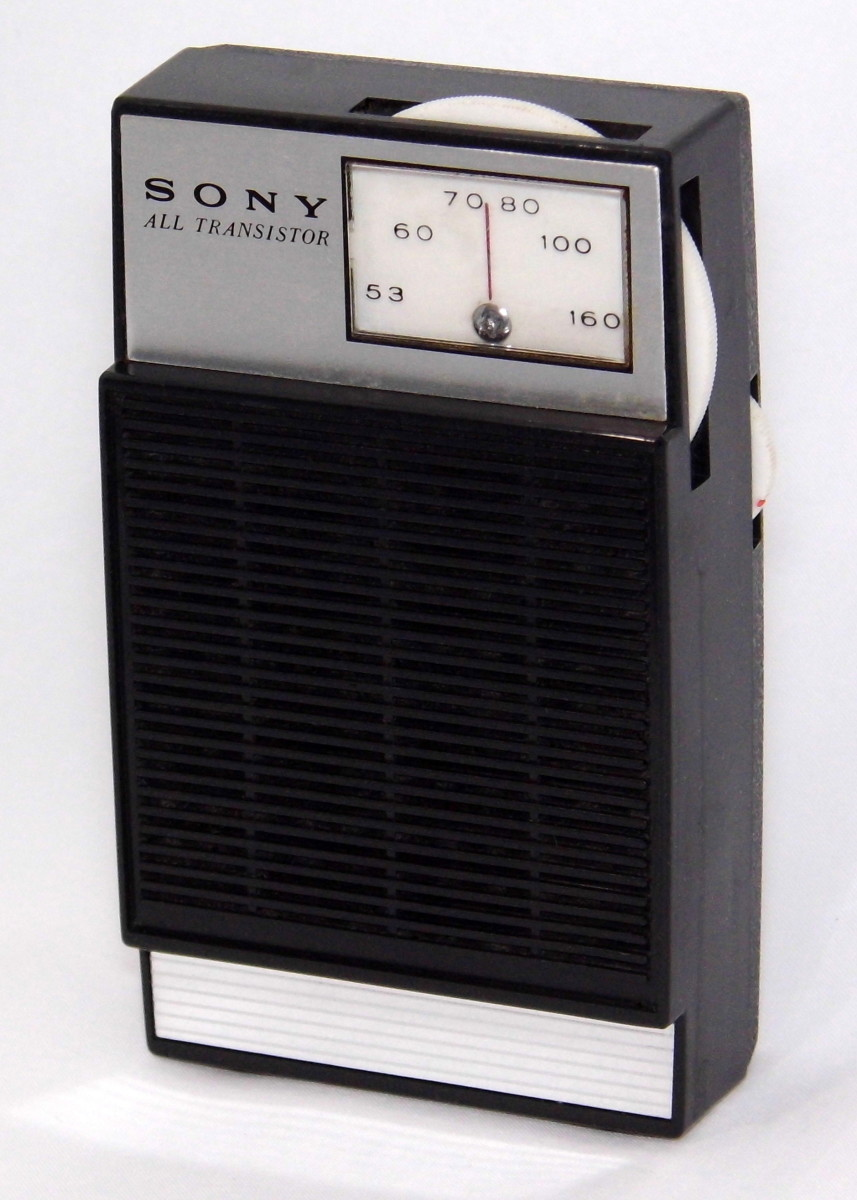 Isn't she lovely? Not as much as the Stevie Wonder song, but this transistor radio.